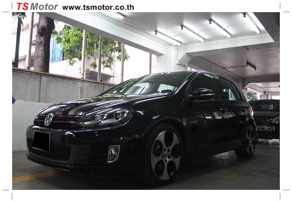IMG 11771 งานซ่อมสี Volkswagen Golf GTi สีดำ จากอู่สี TS Motor
