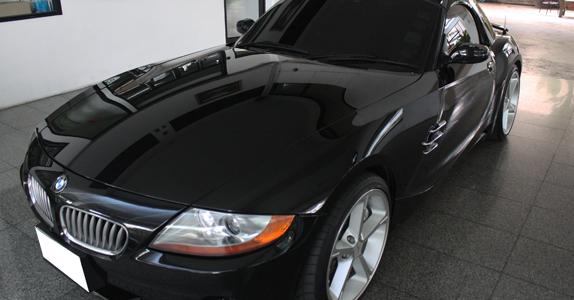 งานซ่อมสีรถยนต์ BMW Z4 E85 จาก อู่ทำสีรถยนต์ ที เอส มอเตอร์