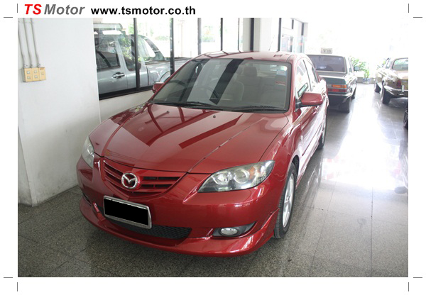 IMG 1144 ซ่อมสีรถยนต์ Mazda 3 เป็นสีแดง รถบ้าน เก็บงานเพื่อความเรียบร้อย