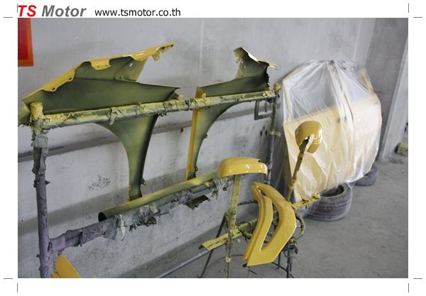 IMG 1757 งานเปลี่ยนสีรถยนต์ Honda New Jazz 2010 ดำ เป็นสีเหลือง JS จาก อู่สีรถ TS Motor