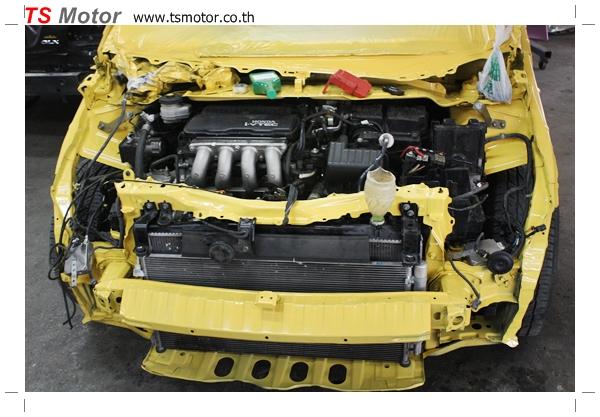 IMG 1814 งานเปลี่ยนสีรถยนต์ Honda New Jazz 2010 ดำ เป็นสีเหลือง JS จาก อู่สีรถ TS Motor