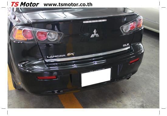IMG 1827 งานเก็บสีรอบคัน เคลมประกันศรีเมือง Mitsubishi Lancer EX สีดำ เงาๆ อู่ทำสี อู่สี ศูนย์ซ่อมสี TS Motor