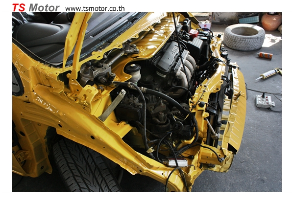 IMG 1941 งานเปลี่ยนสีรถยนต์ Honda New Jazz 2010 ดำ เป็นสีเหลือง JS จาก อู่สีรถ TS Motor