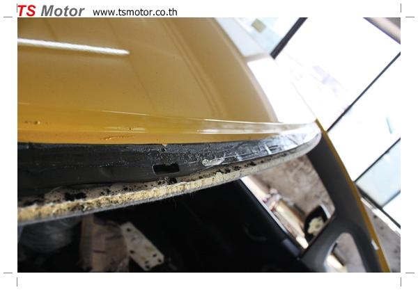 IMG 1947 งานเปลี่ยนสีรถยนต์ Honda New Jazz 2010 ดำ เป็นสีเหลือง JS จาก อู่สีรถ TS Motor