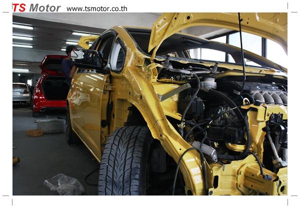 IMG 1948 งานเปลี่ยนสีรถยนต์ Honda New Jazz 2010 ดำ เป็นสีเหลือง JS จาก อู่สีรถ TS Motor