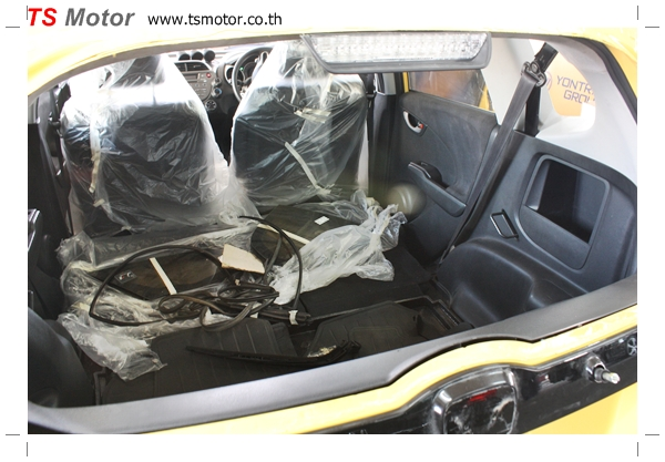 IMG 2021 งานเปลี่ยนสีรถยนต์ Honda New Jazz 2010 ดำ เป็นสีเหลือง JS จาก อู่สีรถ TS Motor