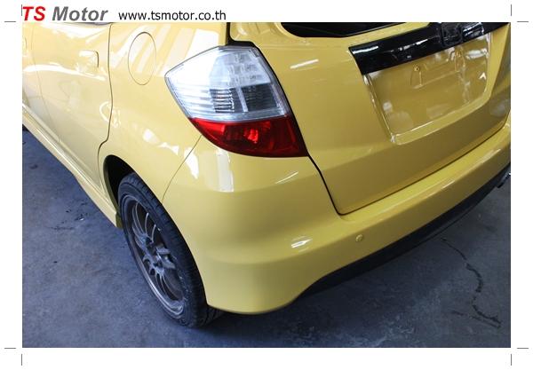 IMG 2024 งานเปลี่ยนสีรถยนต์ Honda New Jazz 2010 ดำ เป็นสีเหลือง JS จาก อู่สีรถ TS Motor