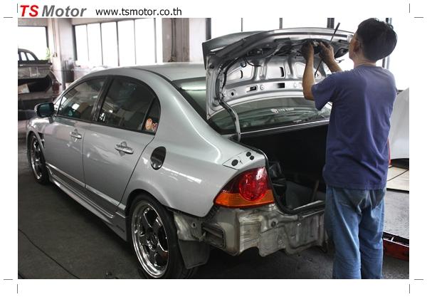 IMG 2708 TS Motor งานเปลี่ยนสีรถยนต์ Honda Civic FD สีแดง พร้อมเจาะแก้มลาย2 จัดกันแบบเต็มๆ Step 1 ถึงจบ
