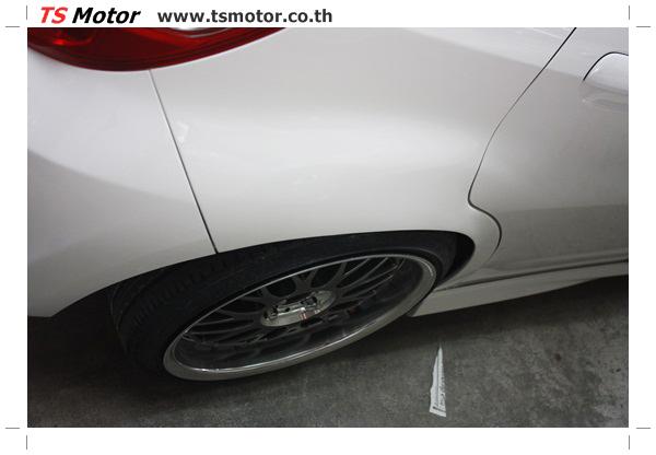 IMG 2737 งานพ่นสีแก้โป่ง รถแต่ง Honda New Jazz สีขาว ล้อล้นๆ โดย TS Motor