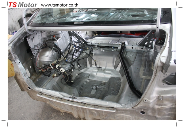 IMG 2758 TS Motor งานเปลี่ยนสีรถยนต์ Honda Civic FD สีแดง พร้อมเจาะแก้มลาย2 จัดกันแบบเต็มๆ Step 1 ถึงจบ