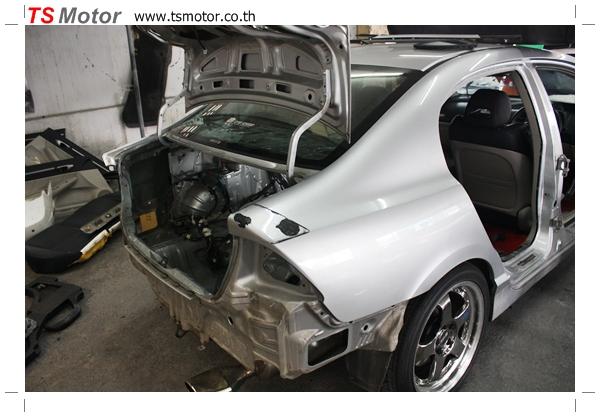 IMG 2760 TS Motor งานเปลี่ยนสีรถยนต์ Honda Civic FD สีแดง พร้อมเจาะแก้มลาย2 จัดกันแบบเต็มๆ Step 1 ถึงจบ