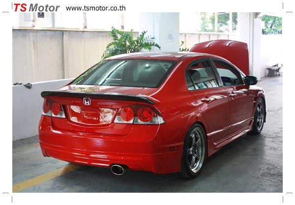 IMG 4014 TS Motor งานเปลี่ยนสีรถยนต์ Honda Civic FD สีแดง พร้อมเจาะแก้มลาย2 จัดกันแบบเต็มๆ Step 1 ถึงจบ