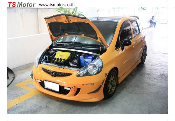 IMG 4497 งานเปลี่ยนสีรถยนต์ Honda Jazz 2007 สีส้ม หลังคาดำ ผลงานจาก อู่สีรถ TS Motor