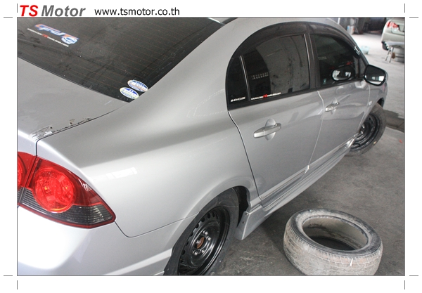 IMG 4702 งานซ่อมสีรถยนต์ Honda Civic FD สีบรอนซ์ ชุดแต่ง MUGEN