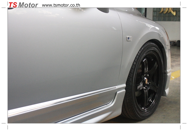 IMG 4785 งานซ่อมสีรถยนต์ Honda Civic FD สีบรอนซ์ ชุดแต่ง MUGEN