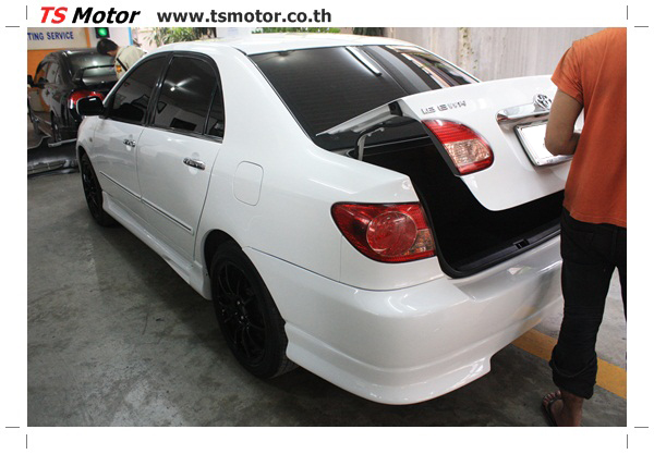 IMG 64133 อู่ซ่อมสี ศูนย์ซ่อมสี Toyota Altis  สีขาวมุก Zero Black เปลี่ยนสีรอบคัน ติดตั้งชุดแต่ง Levin โดย ศูนย์ซ่อมสีรถ TS Motor