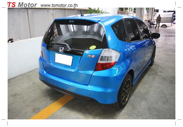 IMG 6890 งานซ่อมสีรถยนต์ Honda New Jazz 2012 สีฟ้า จาก อู่สีรถ TS Motor