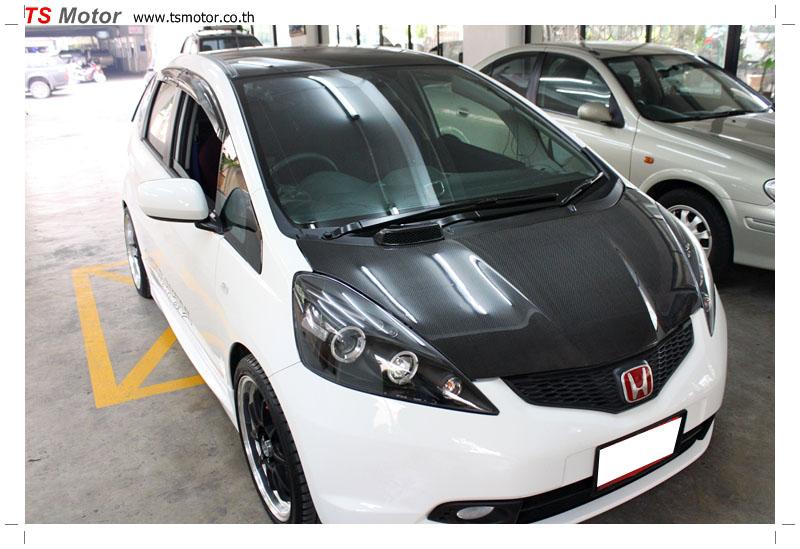 IMG 9585 งานเปลี่ยนหลังคาแก้ว Sunroof  Honda New Jazz พร้อมติดตั้งระบบไฟ โดย อู่ TS Motor