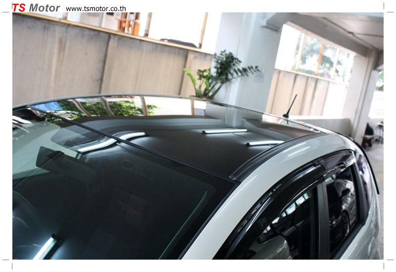 IMG 9589 งานเปลี่ยนหลังคาแก้ว Sunroof  Honda New Jazz พร้อมติดตั้งระบบไฟ โดย อู่ TS Motor