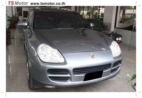 IMG 1072 อู่ซ่อมสี ศูนย์ซ่อมสี Porsche Cayenne  สีเทา พ่นสี เก็บสีชิ้นส่วน เปลี่ยนไฟท้าย โดย ศูนย์ซ่อมสีรถ TS Motor