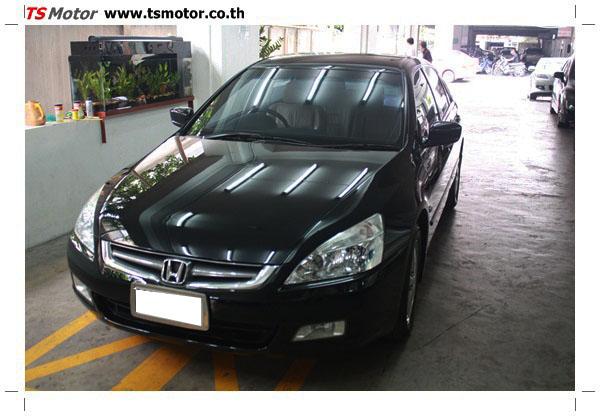 IMG 1250 งานซ่อมสีรถยนต์ Honda Accord G7 สีดำ