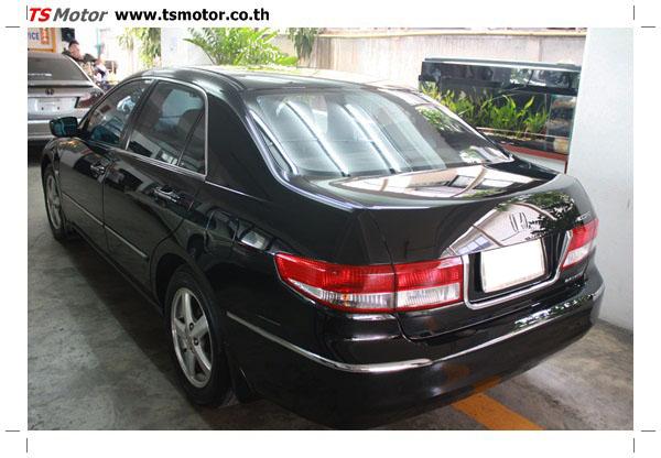 IMG 1257 งานซ่อมสีรถยนต์ Honda Accord G7 สีดำ