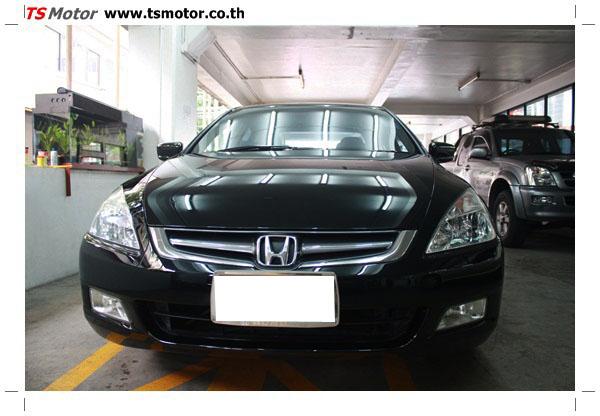 IMG 1259 งานซ่อมสีรถยนต์ Honda Accord G7 สีดำ