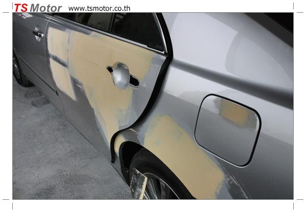 IMG 2563 งานเคาะพ่นสี เปลี่ยนอะไหล่ Nissan Sunny Saloon  สีบรอนซ์ โดยการ เคลมประกัน โดย TS Motor