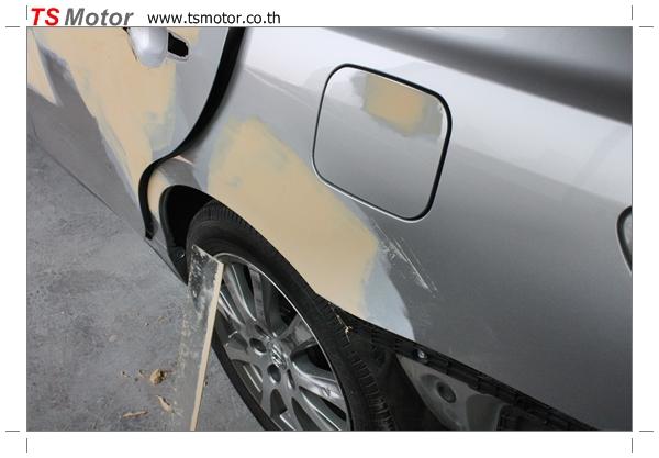 IMG 2564 งานเคาะพ่นสี เปลี่ยนอะไหล่ Nissan Sunny Saloon  สีบรอนซ์ โดยการ เคลมประกัน โดย TS Motor