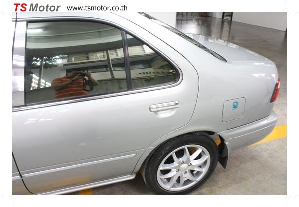 IMG 2868 Copy งานเคาะพ่นสี เปลี่ยนอะไหล่ Nissan Sunny Saloon  สีบรอนซ์ โดยการ เคลมประกัน โดย TS Motor
