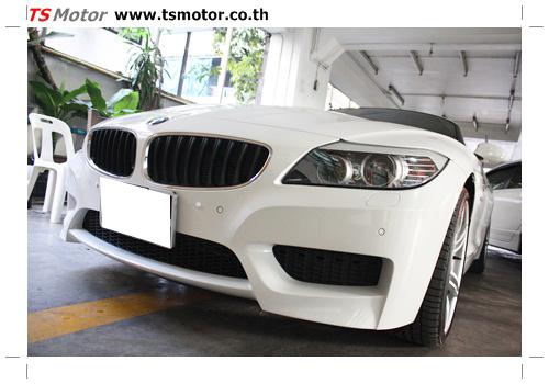 IMG 0350 BMW Z4 Repair front bumper quick service spot repair by TS MOTOR Car garage bangkok