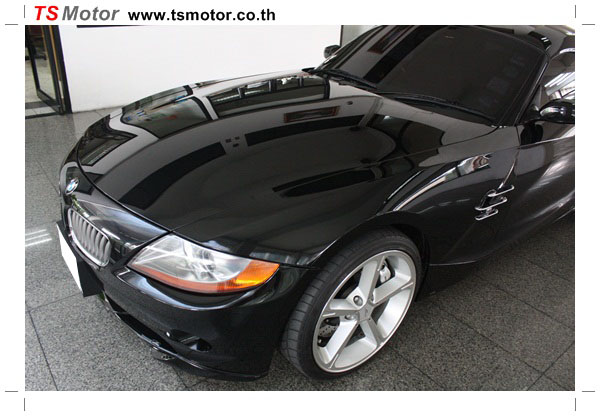 IMG 0362 BMW Z4 Repair front bumper and front skirt + Glass Coating by TS Motor Auto Painting Professional