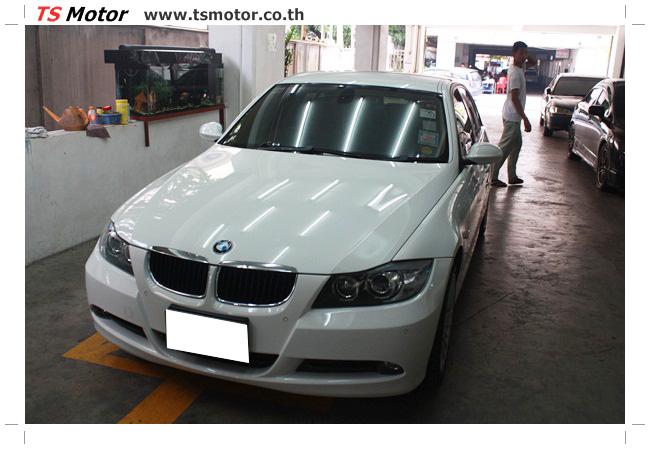 IMG 4986 อู่สี ทีเอส มอเตอร์ งานซ่อม BMW  E90 320d ชนด้านหลัง เก็บรายละเอียดเพื่อความเรียบร้อย
