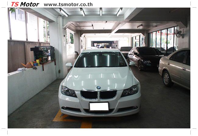 IMG 4991 อู่สี ทีเอส มอเตอร์ งานซ่อม BMW  E90 320d ชนด้านหลัง เก็บรายละเอียดเพื่อความเรียบร้อย