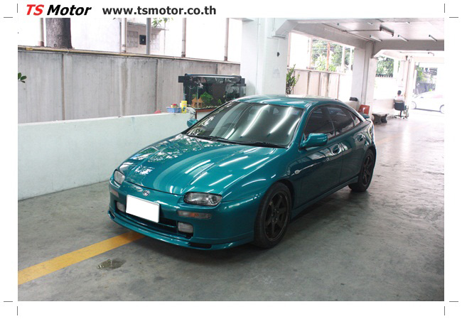 IMG 5043 งานซ่อมสีรอบคัน Mazda 323 สีฟ้า ซ่อมสีแตก สีไม่เงา เก็บงานตัวถังจากการชน