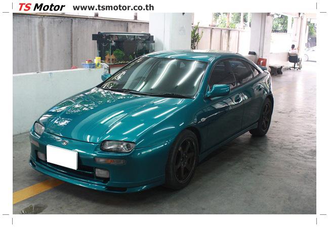 IMG 5045 งานซ่อมสีรอบคัน Mazda 323 สีฟ้า ซ่อมสีแตก สีไม่เงา เก็บงานตัวถังจากการชน