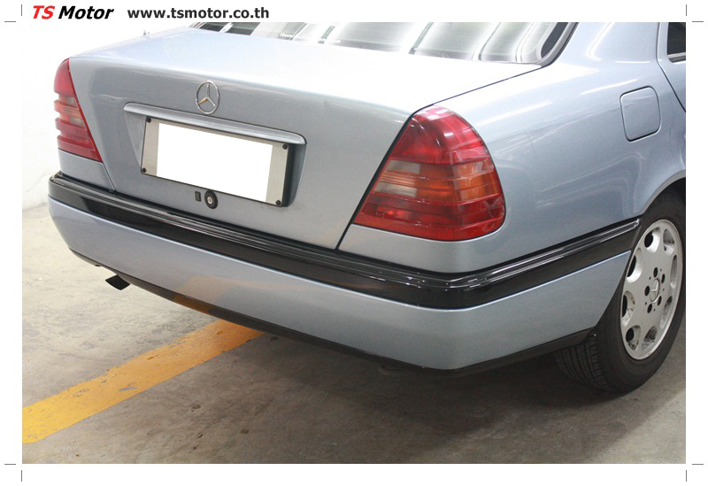 IMG 5673 เปลี่ยนพ่นสี กันชนหลัง กาบ Mercedes BENZ C Class เทียบอะไหล่กับกันชนไต้หวัน