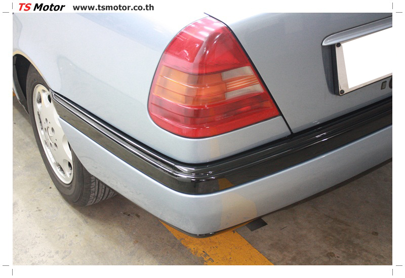 IMG 5676 เปลี่ยนพ่นสี กันชนหลัง กาบ Mercedes BENZ C Class เทียบอะไหล่กับกันชนไต้หวัน