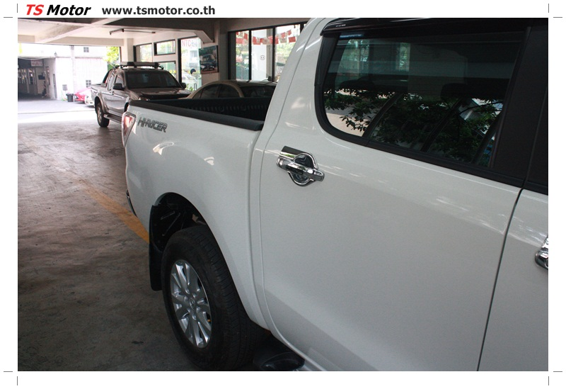 IMG 6319 งานซ่อมสีรถ Mazda BT50 สีขาว แถบกระบะจากการเบียดเสา