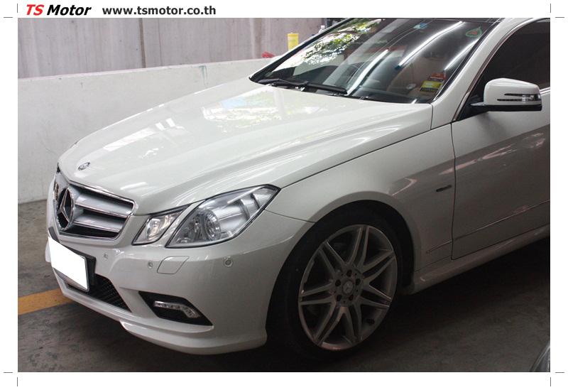 IMG 6337 งานซ่อมสีบังโคลนหน้า กันชน เปลี่ยนไฟหน้า Mercedes Benz E250 Coupe สีขาว