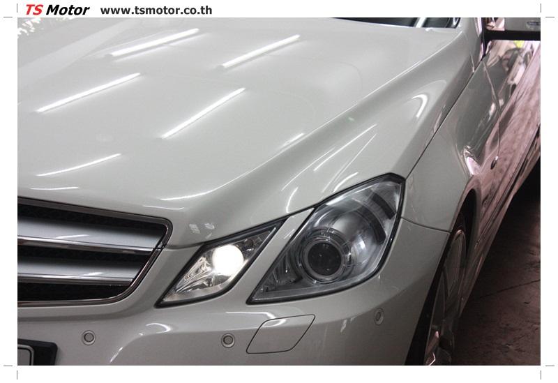 IMG 6338 งานซ่อมสีบังโคลนหน้า กันชน เปลี่ยนไฟหน้า Mercedes Benz E250 Coupe สีขาว