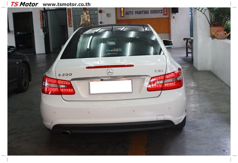 IMG 6340 งานซ่อมสีบังโคลนหน้า กันชน เปลี่ยนไฟหน้า Mercedes Benz E250 Coupe สีขาว