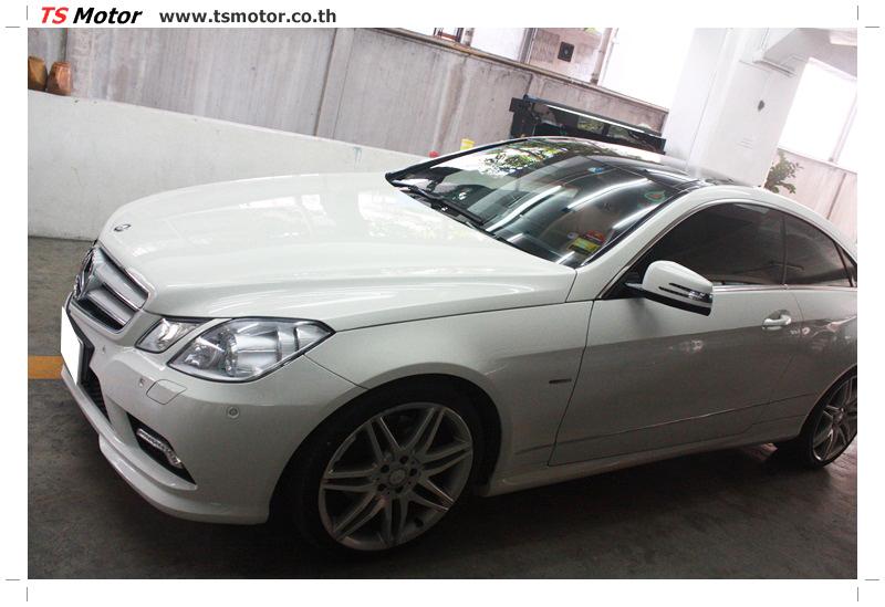 IMG 6342 งานซ่อมสีบังโคลนหน้า กันชน เปลี่ยนไฟหน้า Mercedes Benz E250 Coupe สีขาว