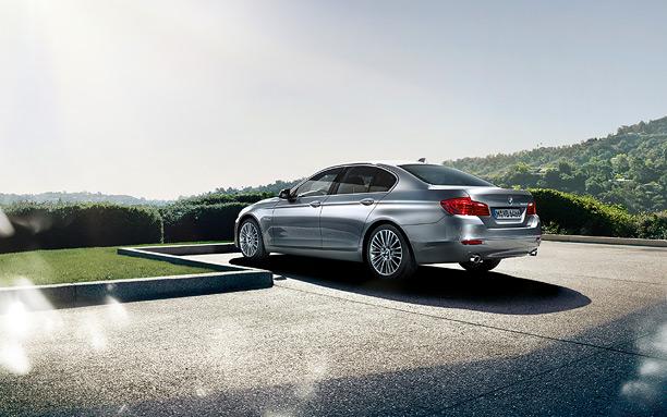 BMW Series 5 4 รีวิว BMW Series 5